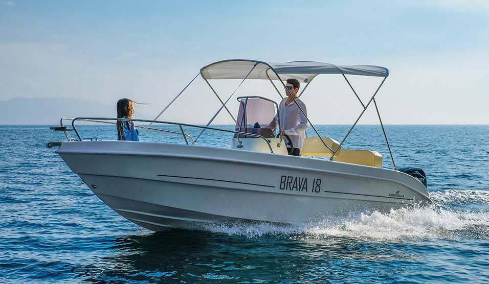 motor boat rental service lake garda